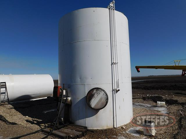 10,000 gal. upright fuel tank, Gasboy pump