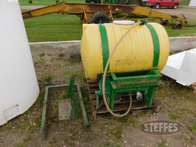 150 gal. poly liquid tank,_1.jpg