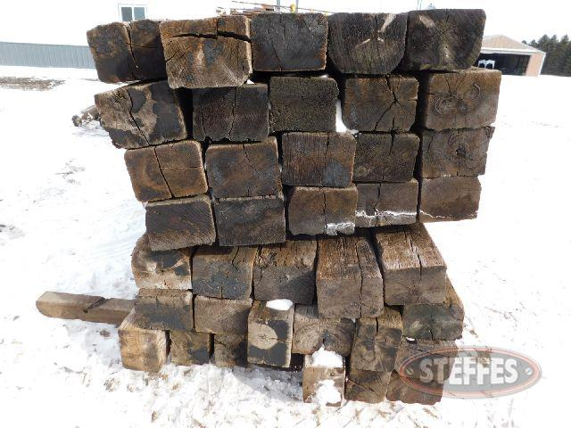 (39) Railroad ties, 8-1/2'