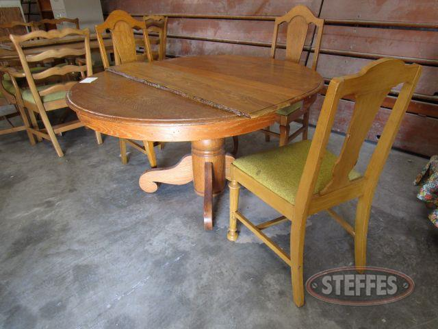 Wood Table - Chairs round pedestal table with 2 leaves, 3 chairs_1.JPG