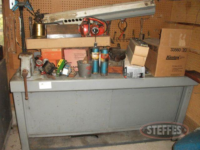 Cabinet including contents - Tools_2.jpg