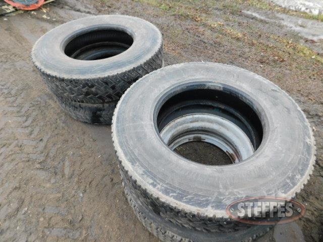 (4) 11R22.5 tires_1.JPG