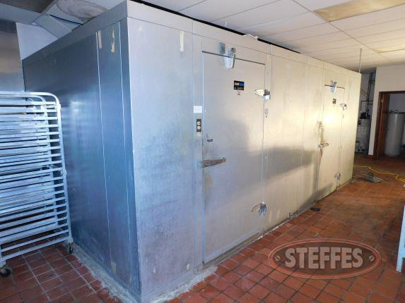 Amerikooler walk in cooler and freezer