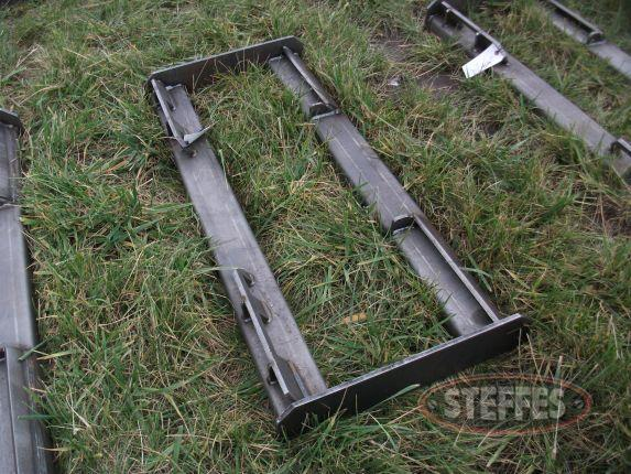 Skid Steer Attach Frame_1.JPG