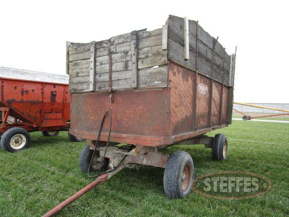 Bush Hog Stan-Hoist Barge Box_2.JPG
