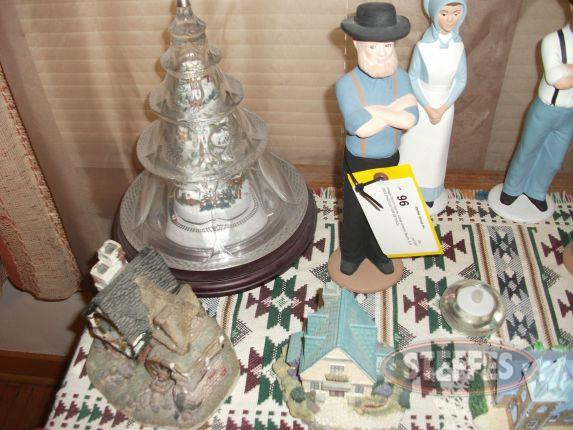 Village church, Amish figures, - More_2.jpg