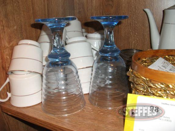 2 shelves of assorted dishes_2.jpg