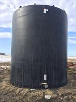 10,000 gal. poly liquid tank,