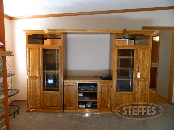 Entertainment center_2.jpg