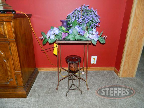 Side table - various decor_2.jpg