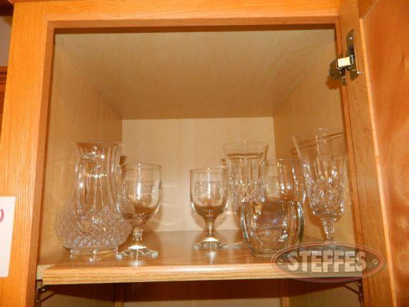 Contents of Cupboard - various glasses_2.jpg