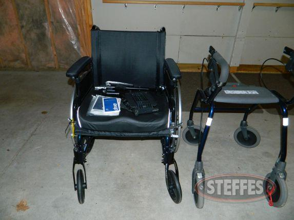 Drive Cruiser III wheelchair - Legacy 600 walker_2.jpg