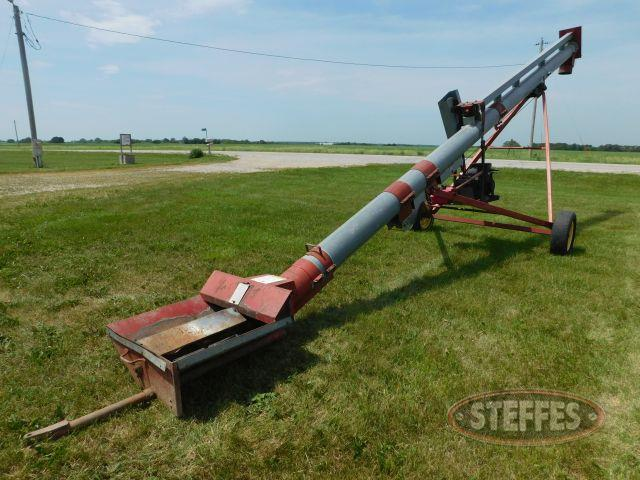 Snyder Farms – Farm Machinery Auction |