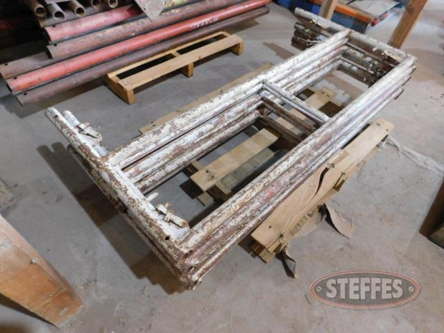 (6) 5'x2' scaffold guard rail sections