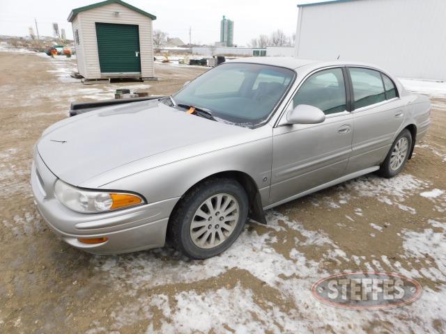 2005-Buick-LeSabre-Custom_1.jpg