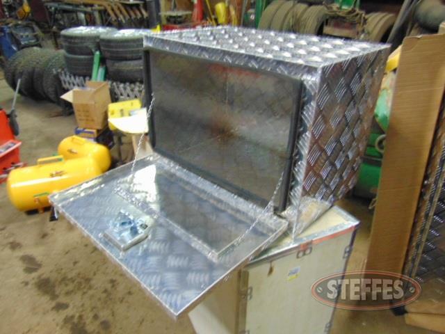 Aluminum-tool-box--_1.jpg