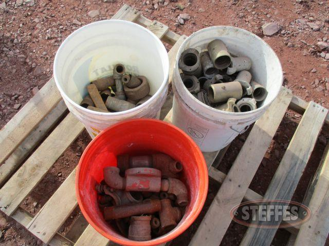 Asst. pipe fittings;
