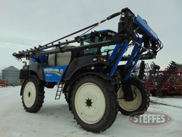 2011 New Holland SP240F