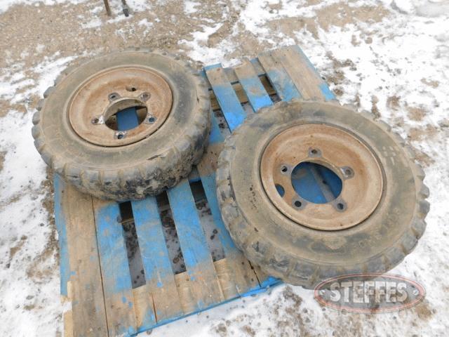 (2)-7-00-12-solid-rubber-forklift-tires-_1.jpg