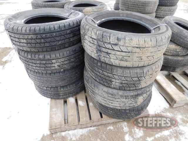 Tires--(4)-Grand-Prix-225-60R16-tires-_1.jpg