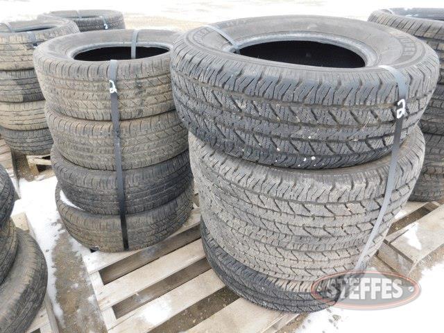 Tires--(4)-Douglas-215-60R15-tires-_1.jpg