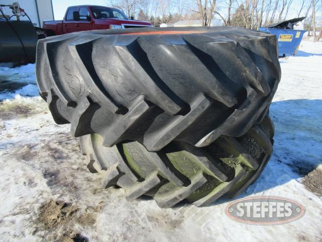 (2)-18-4-26-combine-tires-w-rims-_0.jpg