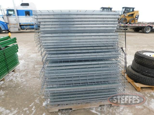 (33)-wire-mesh-racks-for-pallet-racking-_1.jpg