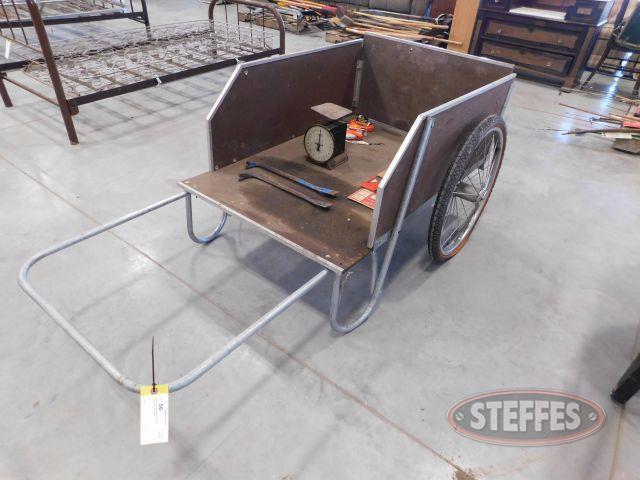 Yard-Cart--Saw-Blades----Scale_1.jpg