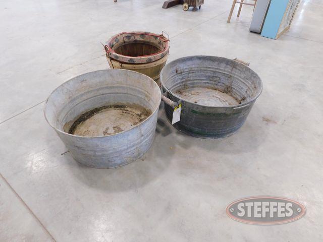 Assortment-of-Metal-Bins---Baskets_1.jpg