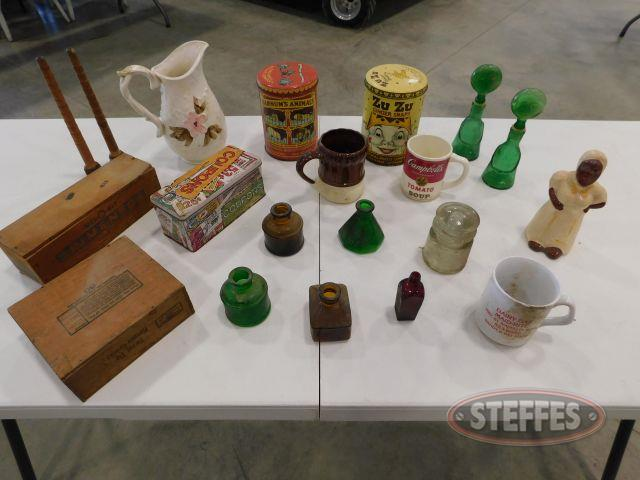 Assortment-of-Tins--Coffee-Mugs---Decor_1.jpg