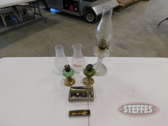 (3)-Oil-Lamps---Stationary-Utensils_1.jpg