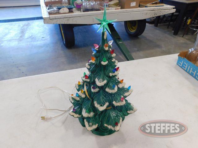 Ceramic-Pre-Lit-Christmas-Tree_1.jpg