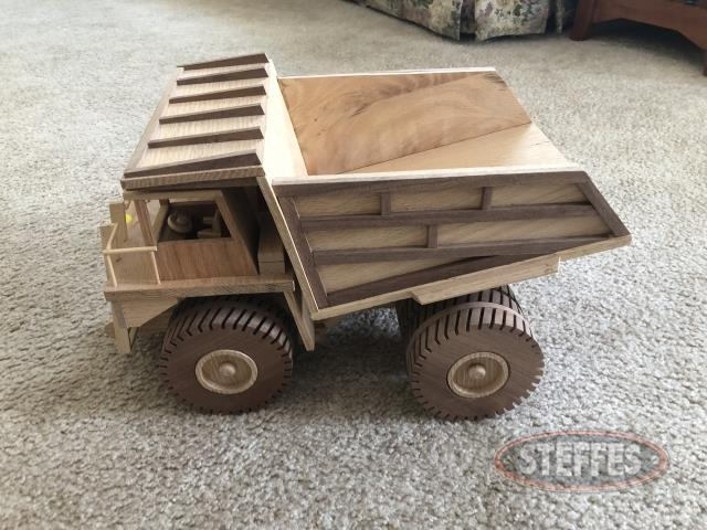 Heavy-Duty-Dump-Truck_2.jpg