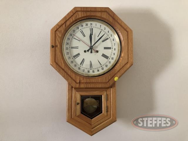 Regulator-Wall-Clock_2.jpg