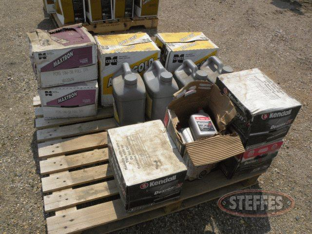 Pallet of (8) boxes of Cenex Premium hyd. oil,