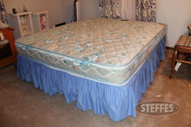 Full-Size-Bed-Frame_2.jpg