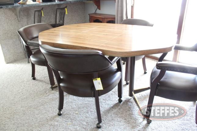 Kitchen-Table-and-(4)-Chairs_2.jpg
