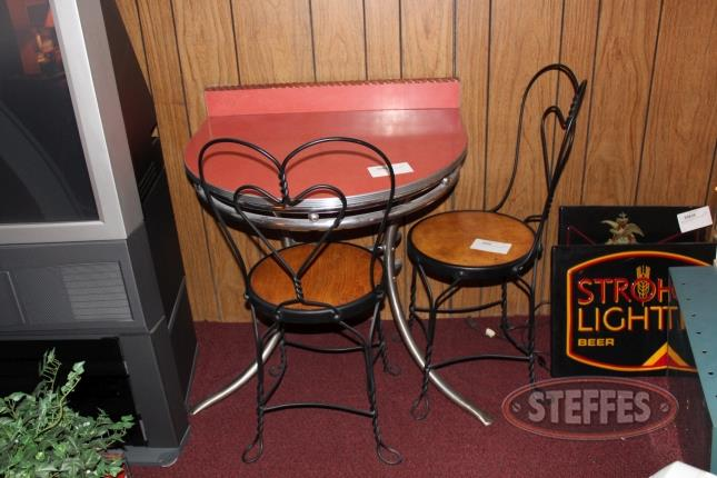 Vintage-Style-Soda-Shop-Table-and-(2)-Chairs_2.jpg