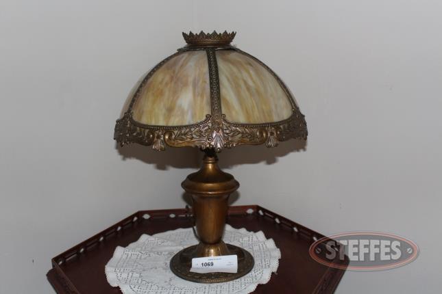 Tiffany-Style-Lamp_2.jpg