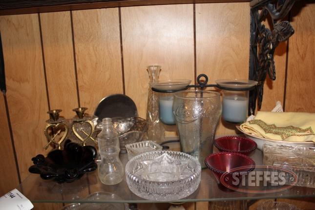 Contents-of-Shelf--Glassware_2.jpg