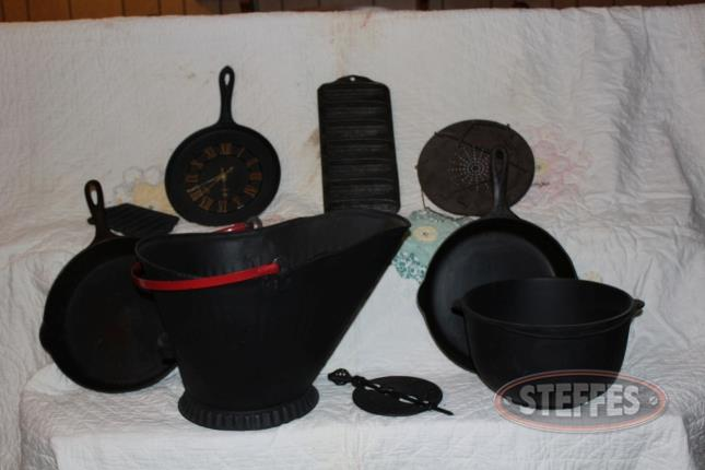 (2)-Griswold-Cast-Iron-Skillets--Ash-Bucket--Butter-Molds--and-Cast-Iron-Pot_2.jpg