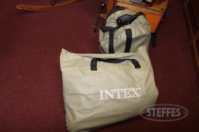 (2)-Intex-Air-Mattresses_2.jpg