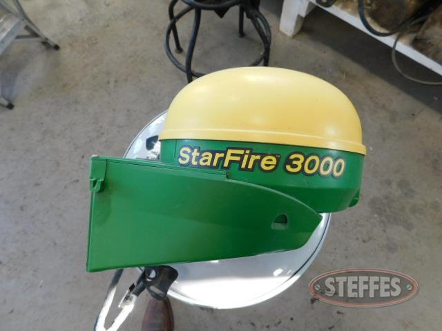 -John-Deere-StarFire-3000_1.JPG