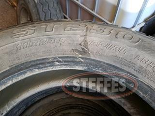 (6) 11R24.5 retread tires,_1.jpg