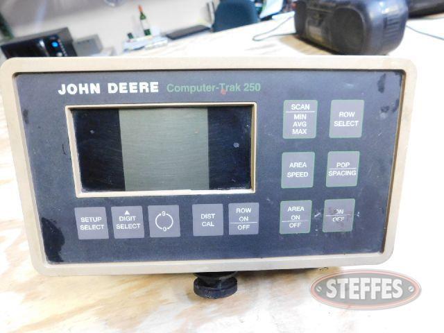 -John-Deere-CompuTrac-250_1.jpg