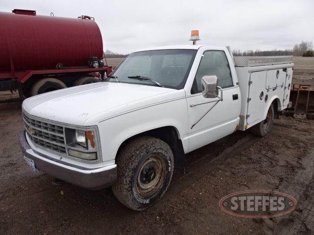 1993-Chevrolet-3500_1.jpg