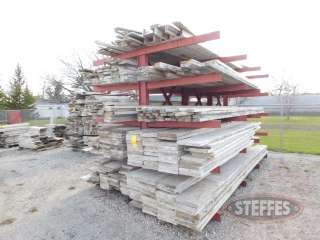 Asst--forming-lumber-on-large-rack--_1.jpg