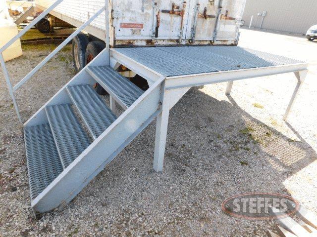 Steel-4-x52--platform-_1.jpg