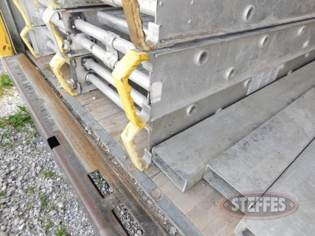 (2)-20-x22--aluminum-scaffold-planks_1.jpg