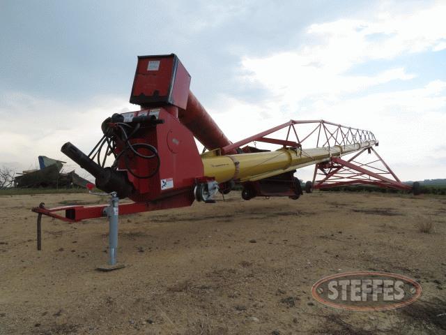 2012-Westfield-MK130-111_0.jpg